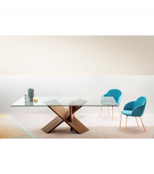 Mesa de salón tripode. Estructura Nogal Canaletto con tapa de vidrio transparente. Miniforms