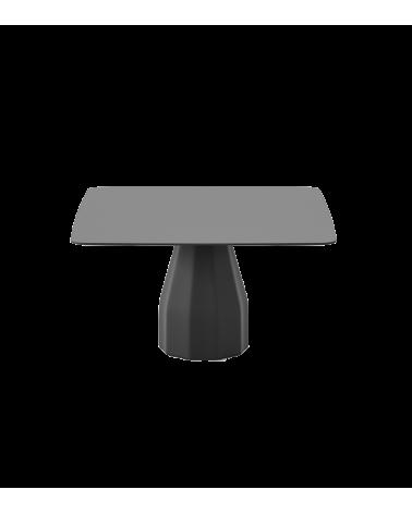 Mesa Burin cuadrada, pata negra y tapa lacada negra. Viccarbe